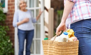 5 Ways to Provide In-Home Help for Seniors
