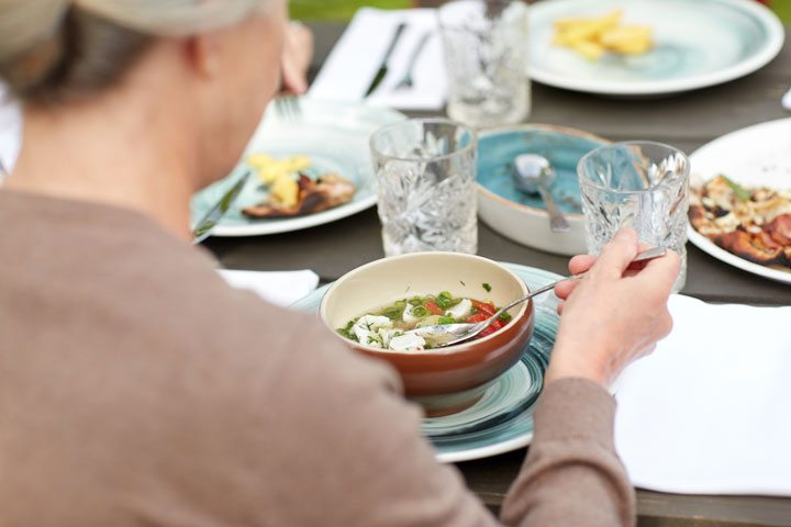 Tips to Combat Eating Problems and Severe Weight Loss in Older Adults